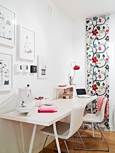 IKEA SPOTTED: in a feminine crafts room (via chictip) // RIBBA picture frames in white, VIKA LERBERG trestles in white, VIKA AMON table top in white, BERNHARD chair in kavat white, EKBY TÖRE bracket for table top in white (accompanying shelf for brackets can't be identified - it could be cut down from a larger piece of shelf that they sell)