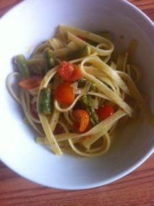 Asparagus and tomato fettuccini. Via the hungry homemaker blog