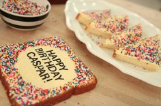 Fairy Bread Vanilla Cake with Buttercream Butter and Sprinkles (Hundre – HOW TO CAKE IT
