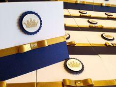 30und convites príncipe reinado coroa azul marinho liso