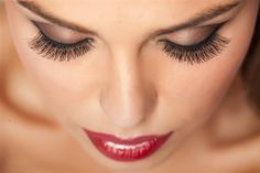 """Every good eye look finishes off with great lashes. Learn how to make your lashes pop in this """"Beauty Basics"""" lesson. Perfect Eyelashes, Beautiful Eyelashes, Natural Eyelashes, Fake Eyelashes, False Lashes, Eyelashes Makeup, Beautiful Eyes, Permanent Eyelashes, Eyebrows"""