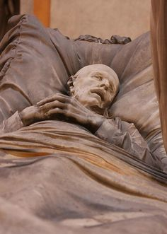 What a disturbing memorial stone! Certosa di Bologna Cemetery, Italy