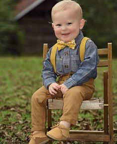Thanksgiving Outfit for Boys, Boys Bow Tie Set, Baby Bow Tie and Suspenders, Family Pictures Outfit, Toddler Suspenders, Boys Suspenders, Baby Bowtie, Mustard Yellow bow tie, baby suspenders, little boy outfit, boys style, fall family photos, fall family pictures what to wear