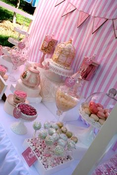 ON THE BLOG - Little Girls Tea Party by Brisbane Lolly Buffets - www.littledanceinvitations.com.au