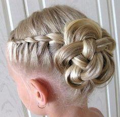Die 36 Besten Bilder Von Kommunion Frisur Madchen Girls Hairdos