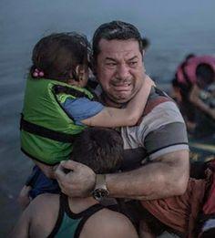 Ik ben banger voor het hatelijke, totaal empathieloze sentiment in Nederland, dan een Middellandse Zee vol met vluchtelingen, op zoek naar wat wij allemaal zoeken. - Willem Groeneveld