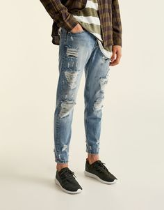Slim fit ripped jeans - Jeans - Clothing - Man - PULL&BEAR Albania