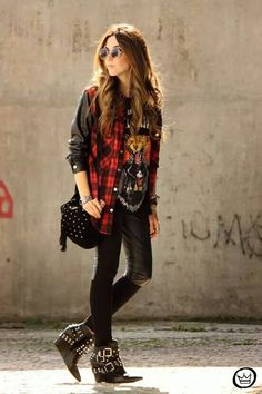 FashionCoolture - Look des Tages iclothing - Rock Style - Punk Punk Rock Outfits, Hipster Outfits, Mode Outfits, Grunge Outfits, Casual Outfits, Fashion Outfits, Fashion Boots, Skirt Outfits, Gothic Fashion