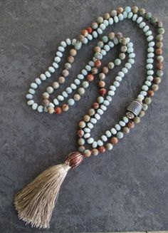 https://www.etsy.com/listing/187246571/knotted-tassel-necklace-duster-in-sand?ref=shop_home_feat_4  #bijoux #bijouxcreateur #bijouxfantaisies #paris #tendancesbijoux2016