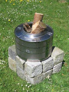 Waschmaschinentrommel als Feuerkorb oder Grill im Garten    Macht sich prima als Eye-Catcher, Hingucker auf der Terrasse. Der Feuerkorb, ist extrem...