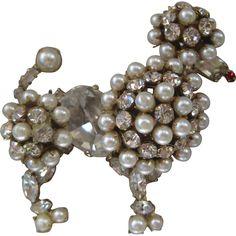 SCHREINER New York Pearls & Rhinestones Vintage Poodle Pin Brooch