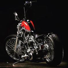Repost from @old_cycle_77 ⚡️⛽️⛽️⚡️ #custom #softail #chopper #fatboy #harleydavidson #bobber #turing #motorcycle #dyna #indian #hotrods #shovelhead #stretglide #lowrider #brat #flathead #knucklehead #hemelt #bikelife #motos #panhead #motocicletas #moto #kustom #oldschool