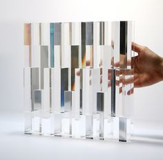 Japanese designer Tokujin Yoshioka will exhibit a glass window made of 500 crystal prisms at MUSEUM. beyond museum in Seoul this May. Interaktives Design, Light Installation, Interactive Installation, Art Installations, Museum Of Contemporary Art, Henri Matisse, Light Art, My New Room, Oeuvre D'art
