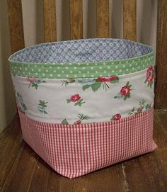 Floor Fabric Basket tutorial :)
