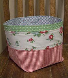 Floor Fabric Basket tutorial :)