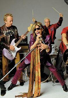 La imagen que tengo en el poster que  compre en su recital en Argentina el 28-10-11♥ Joe Perry, Recital, Rock Songs, Rock Music, Music Music, Sheet Music, Music Notes, Grunge, Aerosmith Walk This Way