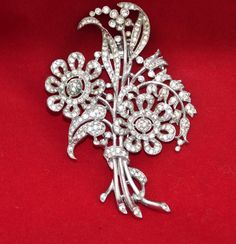 Vintage CROWN TRIFARI Fur Clip Brooch Florals set with Clear Rhinestones | Jewelry & Watches, Vintage & Antique Jewelry, Costume | eBay!