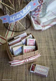 It's almost time to break out the stars and stripes! These ridiculously easy decorations will jazz up any Independence Day party.