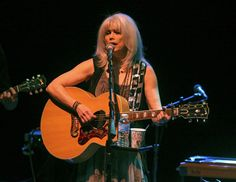 Emmylou Harris' name has long been synonymous with integrity and intelligence. She embraces those traits so effortlessly it's almost easy to take her for granted. Emmylou Harris, Chicago Tribune, Integrity, Concert, American, Music, Easy, Musica, Musik