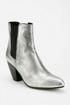 135 Best For Feet Images On Pinterest Heels Shoe Boots