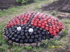 ladybug using painted 20oz soda bottles