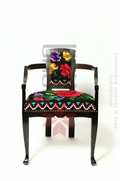 Gorgeous chair Weaving, Home And Garden, Chair, Furniture, Home Decor, Decoration Home, Room Decor, Home Furnishings, Knitting