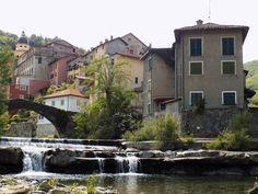 Voltaggio Cascina Remusan : antica cascina ristrutturata con piscina e cavalli Il Tobbio e Voltaggio Verso Carrosio ...
