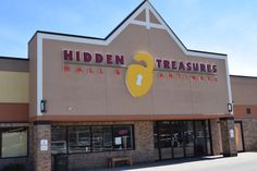 Hidden Treasures is the largest vendor & antique mall in the Rockford, IL area. We carry an unique collection of continuously changing items. Antiques, retro, primitives, crafts and more can be found in our 37,500 sq. ft. showroom. When looking for that an one of a kind piece for the home or an eclectic gift, make Hidden Treasures your go to destination.
