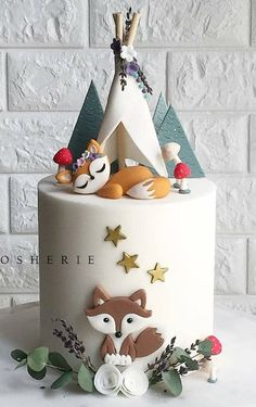 Another woodland cake but this time just the foxy fox 🐺 under her little teepee. Our client really loved our previous woodland cake design but as always we like to make each creation different so every cake is unique and special 🍂🌿🍃🍄 Gateau Baby Shower, Baby Shower Cakes, Fox Cake, Woodland Cake, Woodland Forest, Woodland Party, Novelty Cakes, Novelty Birthday Cakes, Fondant Cakes
