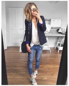 "3,705 curtidas, 33 comentários - Mélanie Delhaye (@meleponym) no Instagram: ""Manque le rouge...✔ veste #thekooples (old) tee MAE #eponymcreation sur @meleponym jean #Sandro (…"""