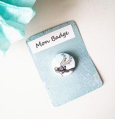 """NOUVEAU Badge à épingle rond """"cerf """" graphique noir blanc bleu : Pins, badges par milid"""