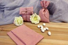 Πουγκί Υφασμάτινο BBB-458-4  Υφασμάτινο πουγκί από ύφασμα ψάθα σε χρώμα ροζ. Δημιουργήστε εύκολα και γρήγορα μια μπομπονιέρα όπως εσείς την έχετε σκεφτεί. Συνδυάστε με μια μεγάλη ποικιλία χρωμάτων και υλικών, κορδέλες, κορδόνια, δαντέλες και ξύλινα ή μεταλλικά διακοσμητικά στοιχεία (μοτίφ) και αφήστε τη φαντασία να σας οδηγήσει.Διαστάσεις: 11x19cm Wallet, Pocket Wallet, Diy Wallet, Purses