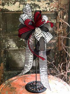 The Vicki Red, Black & White Farmhouse Welcome Bow~Lantern bow~bow for wreaths~fall bow~buffalo check bow~Gingham stripe bow~farmhouse decor Grinch Christmas Decorations, Christmas Mesh Wreaths, Christmas Lanterns, Christmas Swags, Fall Wreaths, Christmas Crafts, Xmas, Burlap Christmas, Primitive Christmas