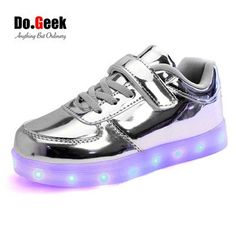 Enfant LED Chaussures Gar/çon Fille Clignotant Lumineuse USB Rechargeable Flashing Trainers Sports Outdoor Basket Tennis Sneakers