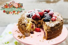 ΓΛΥΚΟ ΜΕ ΚΟΚΚΙΝΑ ΦΡΟΥΤΑ, ΤΥΡΙ ΚΡΕΜΑ & ΚΡΑΜΠΛ — Ντίνα Νικολάου Cheesecake, Sweet, Desserts, Food, Cheesecake Cake, Tailgate Desserts, Deserts, Cheesecakes, Essen
