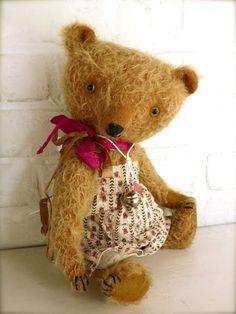 Betty bear by Pussman & co