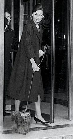 Audrey Hepburn. Wonderful coat! -Katy