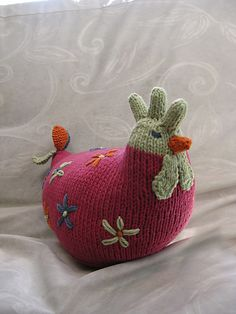 Just add a glove to the top.knifty knit the rest. Knitting Projects, Crochet Projects, Knitting Patterns, Crochet Patterns, Knitted Dolls, Crochet Toys, Knit Crochet, Easter Toys, Easter Crafts