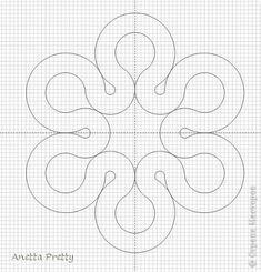 Лепесток, симметричный. Соединять лепесток с поворотом можно по касательной прямой или по кривой через сопряжения. Сначала соединяем окружность поворота с внутренней окружностью лепестка. Затем рисуем параллельную этой линии на расстоянии ширины полотнянки. Круглый, полотнянкой. Получается когда вписываем окружность лепестка заданного радиуса, и вторую концентрическую окружность внутри нее, с радиусом меньше на ширину полотнянкти. Затем соединяем по касательной окружности и поворот. фото 8