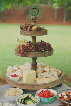 Cheese & fruit platter Love the wooden food display Cupcake stand