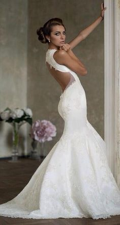 Amazing Wedding Dress ~Best Wedding dresses, gowns, shoes, decorations and ideas For more bridal inspiration visit us at Lola Bee and me Wedding Dresses Photos, Bridal Dresses, Wedding Gowns, Backless Wedding, Lace Wedding, Mermaid Dresses, Party Wedding, Elegant Wedding, Wedding Inspiration
