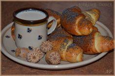 Loupáčky 2   Vaříme doma Pretzel Bites, Bagel, French Toast, Bread, Breakfast, Food, Morning Coffee, Brot, Essen