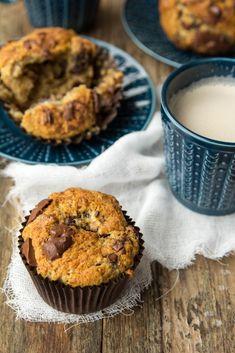 najlepsze muffiny bananowe z kawałkami czekolady Fruit List, Keto Fruit, Cake Recipes, Food And Drink, Cooking Recipes, Sweets, Meals, Breakfast, Food Cakes