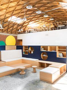 Design, Bitches overhauls LA education centre 9 Dots with plywood built-ins Commercial Design, Commercial Interiors, Education Architecture, Architecture Design, Plywood Interior, Plywood Furniture, Modern Furniture, Furniture Design, Education Center