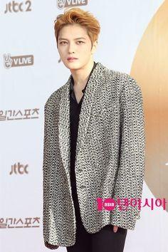 Jaejoong at Red Carpet of Golden Disc Award 2017 ❤ JYJ Hearts