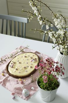 mazurek z advocatem Camembert Cheese, Easter, Food, Easter Activities, Essen, Meals, Yemek, Eten
