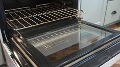 All the life, You have cleaned your oven badly; This trick is incredible