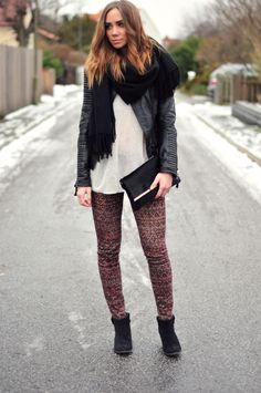 Love this outfit! -- I have those trousers :3