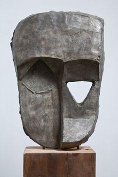 Thomas Houseago . quake mask, 2008