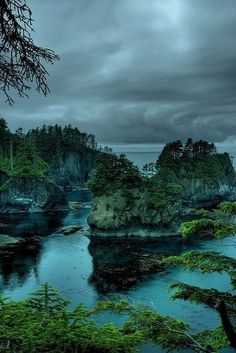 14 Amazing Places to Visit in Washington State ) ) Cape Flattery, Washington, USA Beautiful Places To Visit, Cool Places To Visit, Places To Travel, Amazing Places, Awesome Things, Beautiful Places In The World, Travel Destinations, Cape Flattery Washington, Places Around The World
